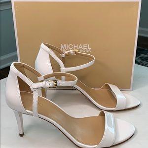 Michael Kors Simon Mid Sandals White 9M NEW